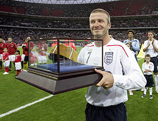 Becks receives his 100th cap at Wembley