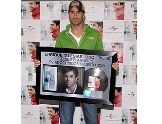 Enrique Iglesias disc goes double platinum