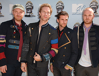 Coldplay album is a smash hit in UK