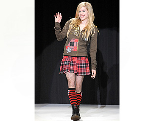Pop's Avril Lavigne steps out as fashion designer