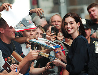 Rapturous reception for Anne Hathaway in NY
