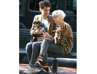 Puppy love for Agyness Deyn and beau