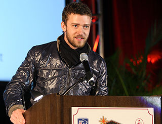 Justin Timberlake kicks off charity golf fundraiser
