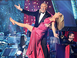 Bruce Forsyth to stick with Strictly Come Dancing