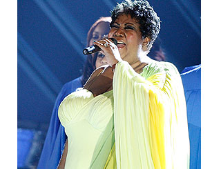 Aretha Franklin praises Mr Obama's vocal talents