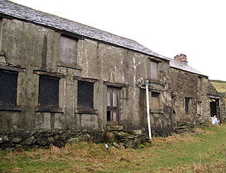 Withnail And I farmhouse sold for £265,000