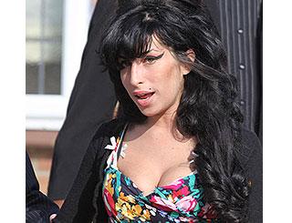 Amy Winehouse hospitalised with dehydration in St Lucia