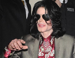Michael Jackson's ex-publicist to sue singer for £29 million
