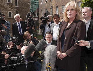 Gurkhas chat with PM leaves Joanna Lumley confident