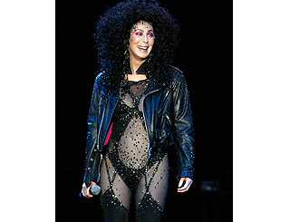 Cher doesn't let her 62 years rule out return to sexy bodysuit
