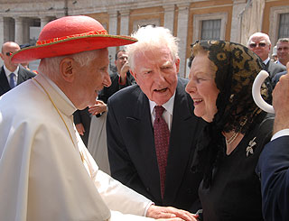 Baroness Thatcher chats to pontiff on Rome visit