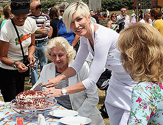 Heather Mills to rival Linda after buying vegan food company