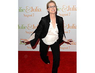 Dancing Queen Meryl Streep jigs up the red carpet