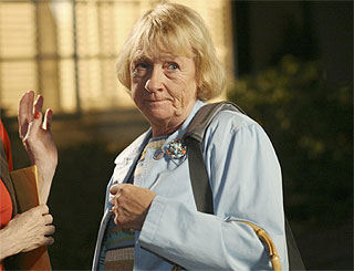 Housewives actress Kathryn Joosten facing cancer battle again