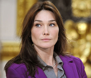 Carla Bruni-Sarkozy reveals her eight years in therapy