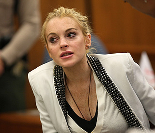 Lindsay Lohan's probation extended over missed classes