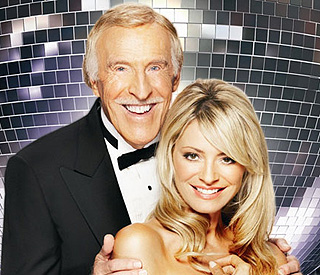 Bruce Forsyth to miss Saturday's 'Strictly' show