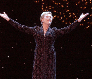 Julie Andrews to make her return to the London stage