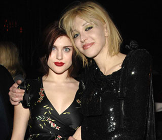 Courtney Love: Frances is 'deluded and lying'