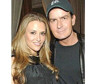 Charlie Sheen back to work after domestic drama