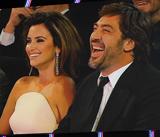 Penelope Cruz and Javier Bardem take love public