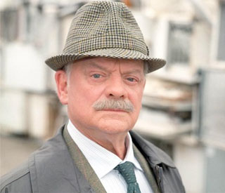 Sir David Jason brought to tears in final 'Frost' scenes