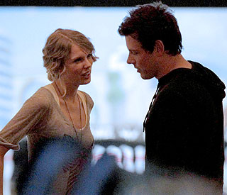 Taylor Swift's 'Glee'-ful friendship with Cory Monteith