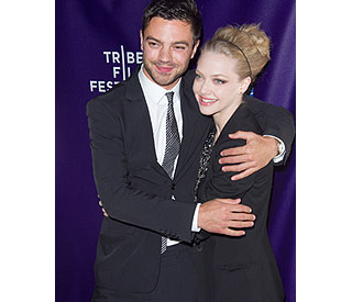 Amanda Seyfried and Dominic Cooper a happy couple