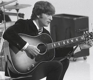 Lyrics by John Lennon expected to fetch $700,000