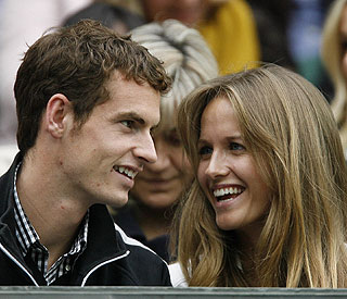 Andy Murray back with love match Kim