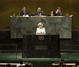 Queen calls for nations to 'work together' at UN