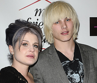 Kelly Osbourne splits from fiancé amid infidelity claims
