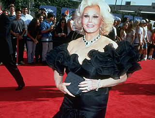 'Fighter' Zsa Zsa Gabor recovering after surgery