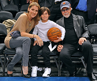 Celine Dion sails into the final stretch of her pregnancy