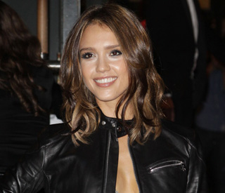 """Every actress is more beautiful than me"": Jessica Alba"