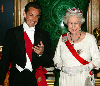 Tipsy Nicolas Sarkozy asked Queen if she gets bored