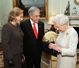 Rocky moment for Chile's president as he meets Queen