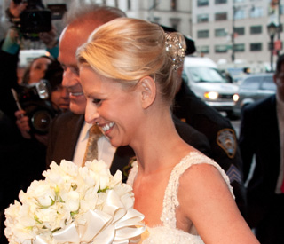 Broadway wedding for Kelsey Grammer and fourth wife