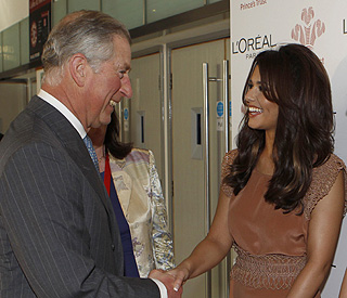 Cheryl Cole forgets career troubles with Prince Charles