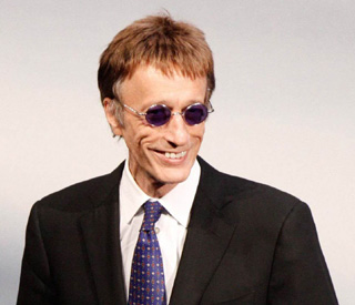 Bee Gee Robin Gibb rushed to hospital
