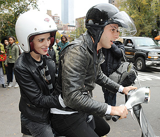Samantha Ronson recovering after bike accident