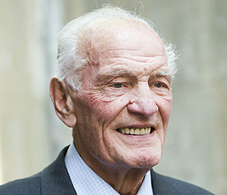 British boxing legend Henry Cooper dies at 76