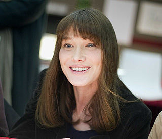 Carla Bruni's no show at Cannes for 'personal reasons'