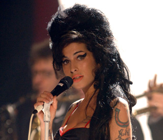Amy Winehouse's fans put her back at top of the charts