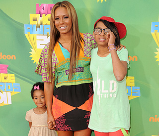 Mel B will depend on her daughters in the delivery room