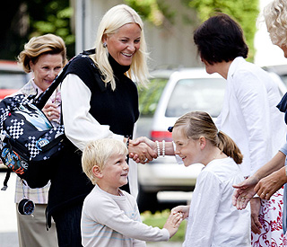 Prince Sverre Magnus is all smiles on first day of school