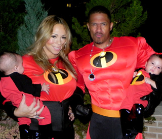 Mariah Carey shows off her Incredible twins