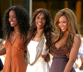 Kelly Rowland: 'Beyonce's a natural mum'