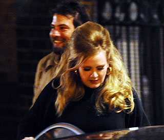 Adele sets the record straight about new boyfriend