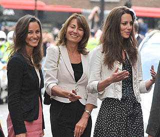 Sunny Caribbean break for Kate, Pippa and family
